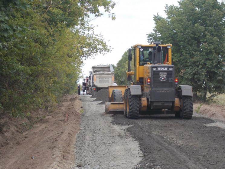 Розпочався поточний ремонт дороги на Ізя…