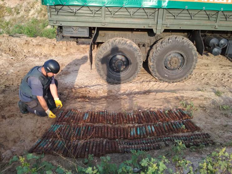 В частном дворе под Харьковом нашли 200…