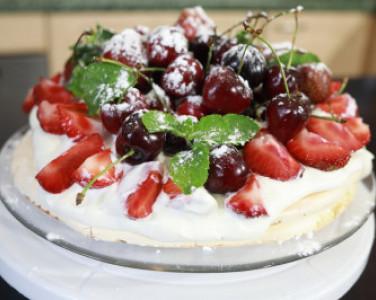 """Рецепт десерта """"Павлова"""" от DEPO.Кухня (…"""