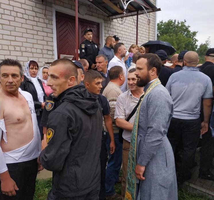 """""""Церковные войны"""": На Хмельнитчине в одн…"""