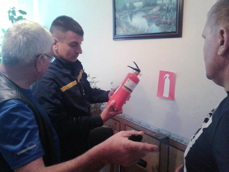 Закарпатські рятувальники перевірили буд…