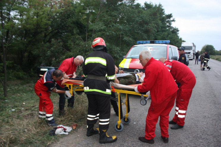 В Кропивницком районе произошло ДТП: Дво…