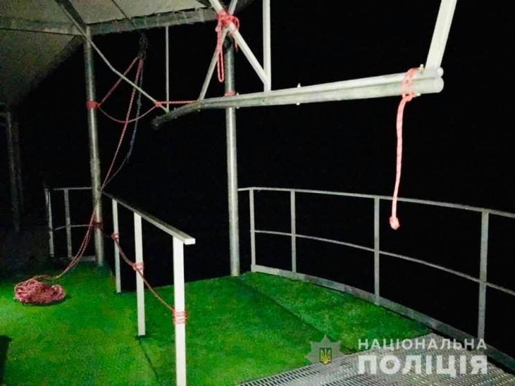 В Карпатах закрыли роупджампинг, где в р…