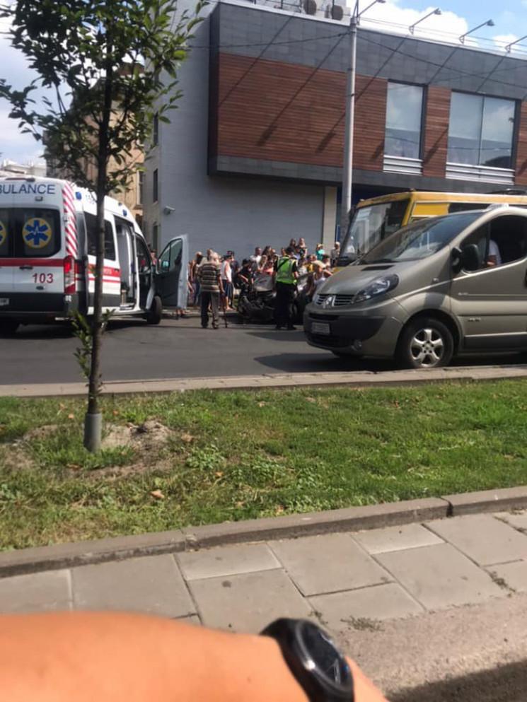 Скандальна ДТП у Львові: у водія автомоб…