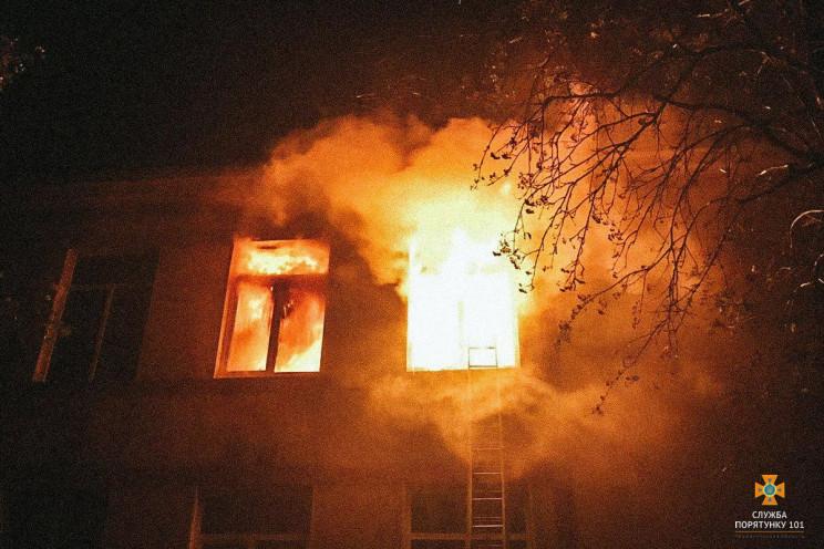 На Тернопольщине всю ночь горела школа…