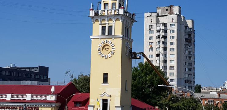Головний годинник Хмельницького знову пр…