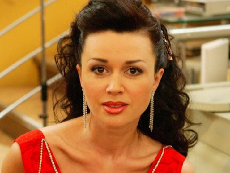 У відомої російської акторки знайшли рак…