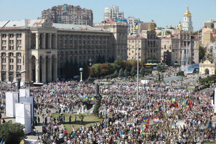 В Марше защитников приняли участие почти…