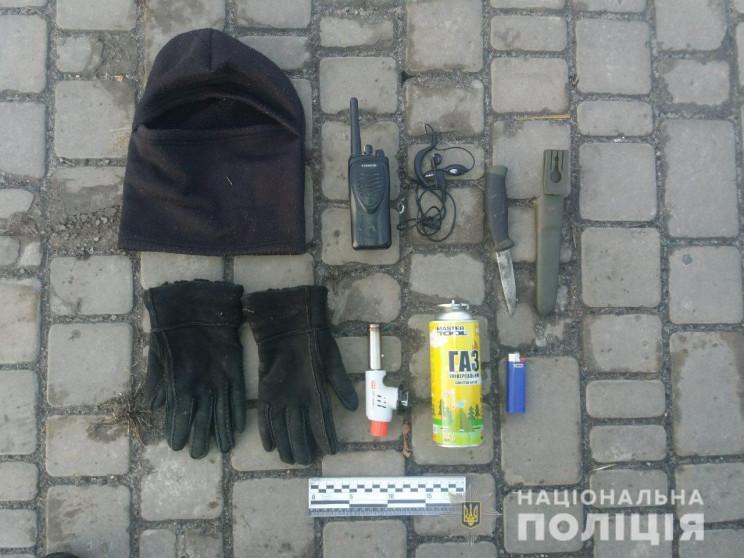 На Харківщині масово горять авто: Одного…
