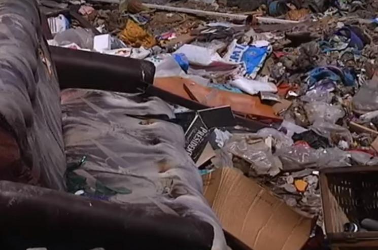 Із сіл Виноградівщини сміття не вивозять…