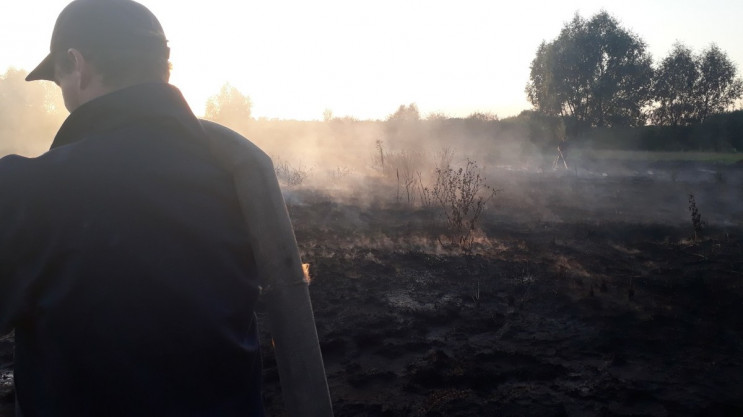 У п'яти районах Київщини другу добу горя…