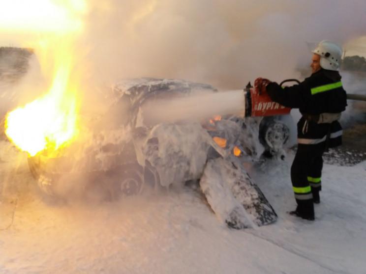 На Кропивнитчине горела машина на трассе…