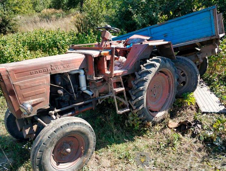 Через перекидання трактора на Тернопільщ…