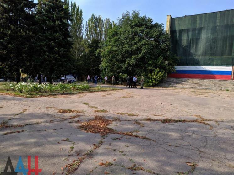 В Донецьку стався вибух біля кінотеатру:…