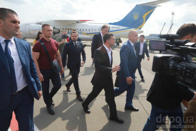 Як українських полонених в аеропорту зус…