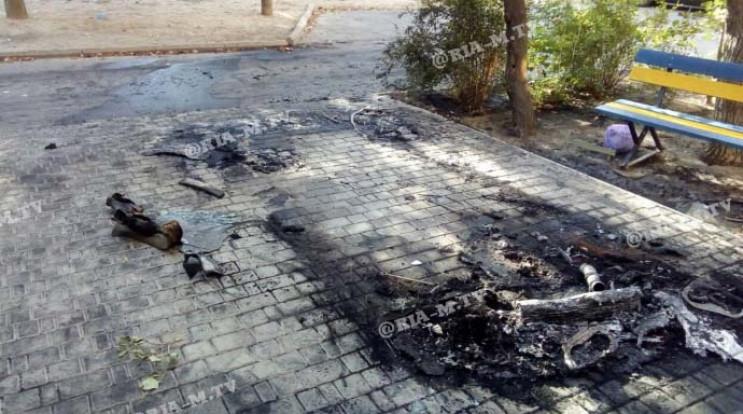У Мелітополі вночі вщент згорів БМВ…