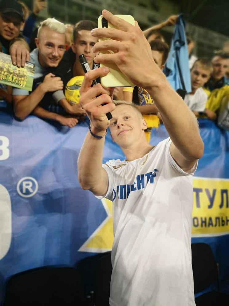 Футбольная сборная Украины уже установил…
