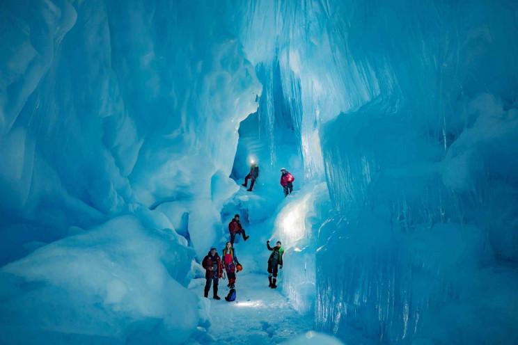 Украинские полярники в Антарктиде обнару…