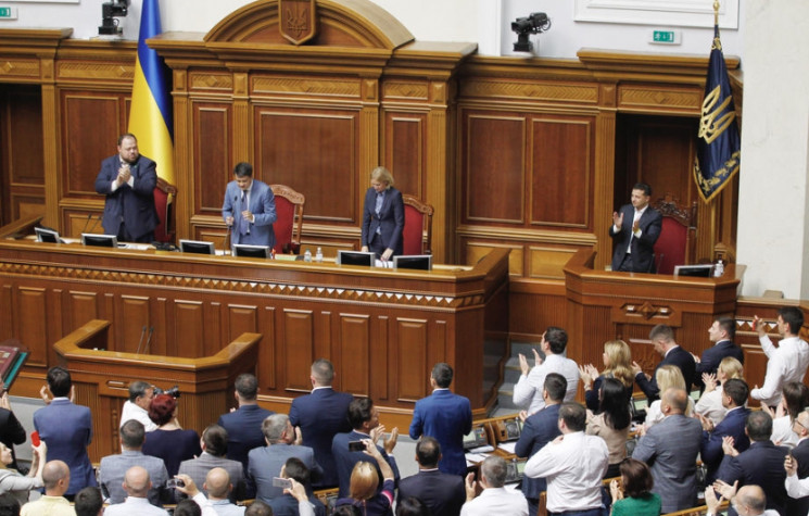 Лифт Зеленского: Что изменит закон о пер…