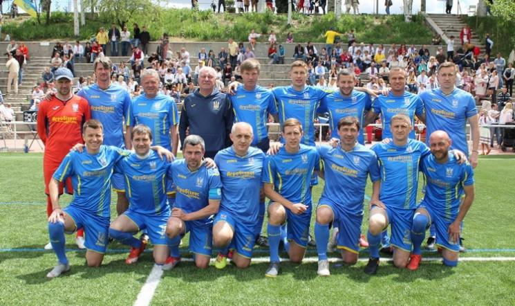 Легенды украинского футбола сыграют матч…