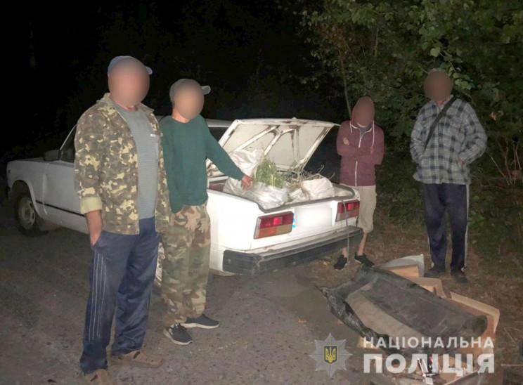 На Полтавщині патрульні виявили в багажн…