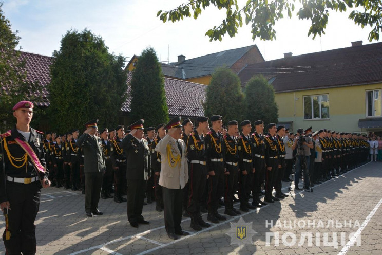 Военный лицей в Мукачеве отметил 20-летн…