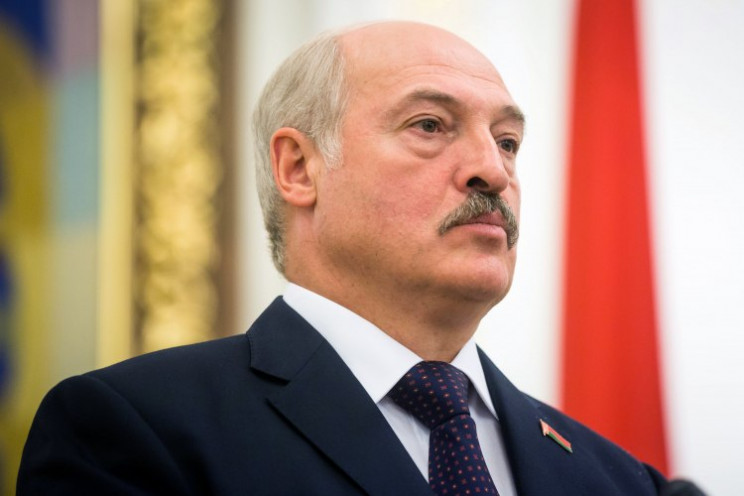 """""""Бацька на распутье"""": Сумеет ли Лукашенк…"""
