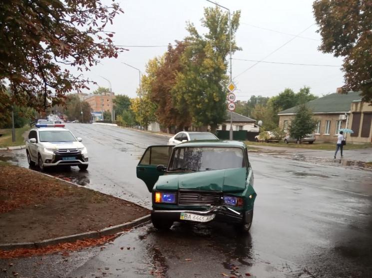 На Кропивниччині учасник ДТП покинув авт…