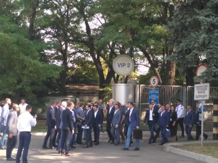 Зеленский наказал заместителей Богдана п…