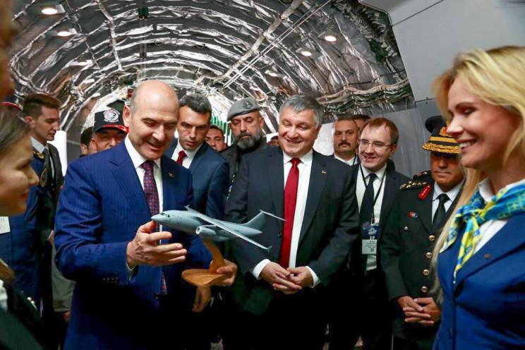 МВС хоче закупити 13 літаків Ан-178 для…