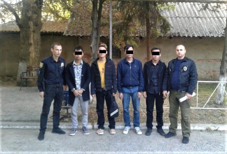 В Ужгороді правоохоронці затримали групу…