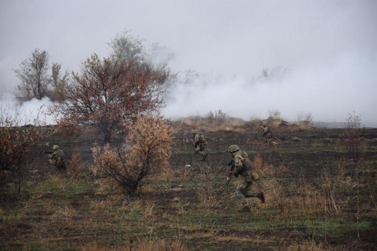 Окупанти розпочали добу обстрілом Новотр…