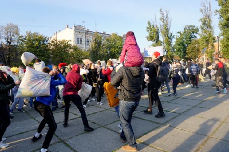 У центрі Чернівців зранку сталася масова…