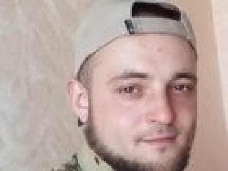 У Маріуполі поховали українського воїна,…