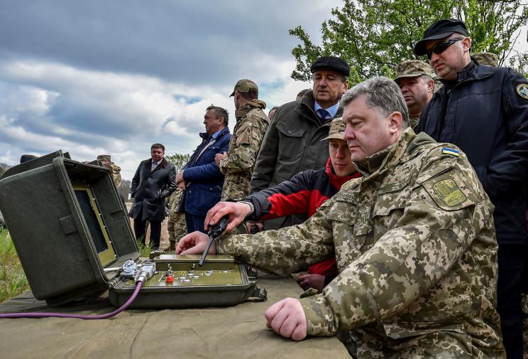 США закликає провести вибори на Донбасі…