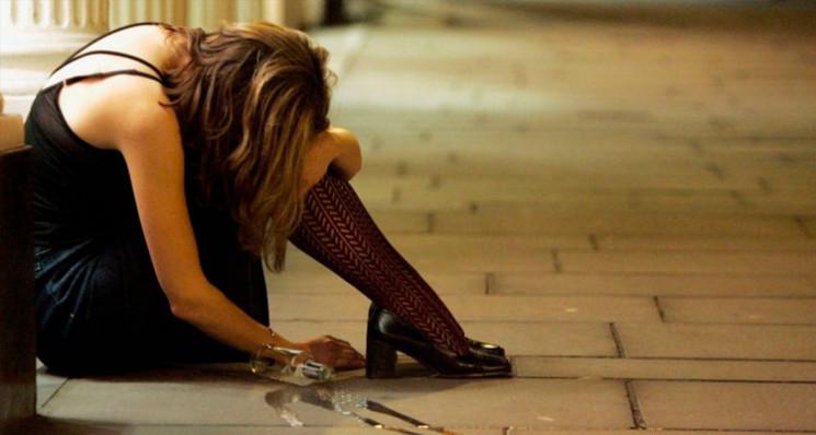 З алкогольним отруєнням потрапила до лік…