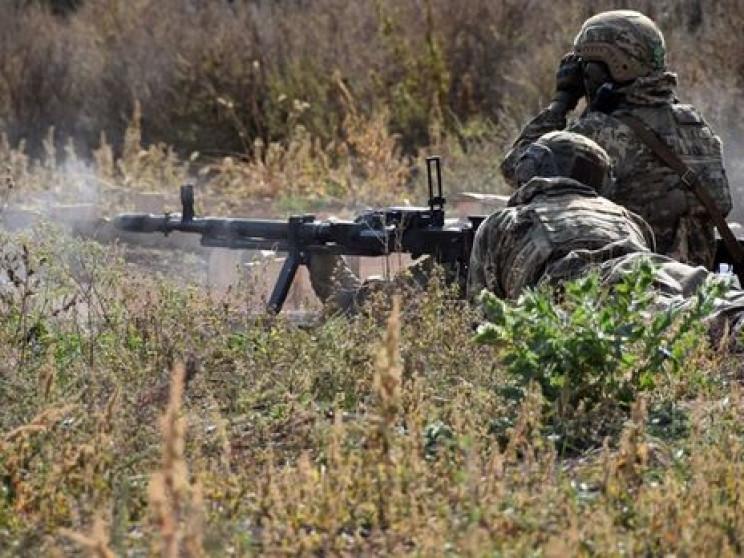 Бойовики смалять по ЗСУ, зриваючи розвед…