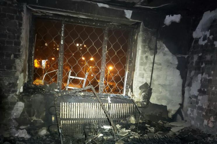 У Харкові спалахнула десятиповерхівка: Е…