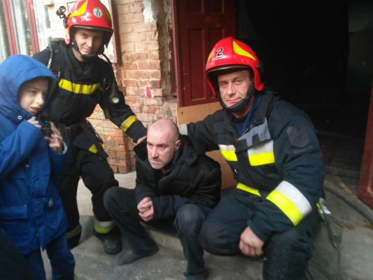 У Вінниці під час пожежі ледь не загинул…
