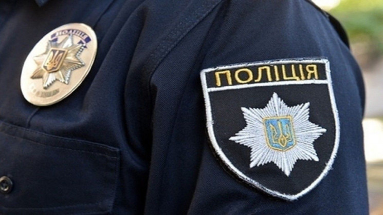 В Ужгороді і Мукачеві поліція затримувал…
