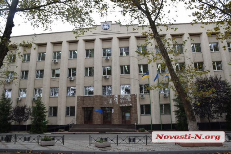 У Миколаєві податкову службу обшукують С…