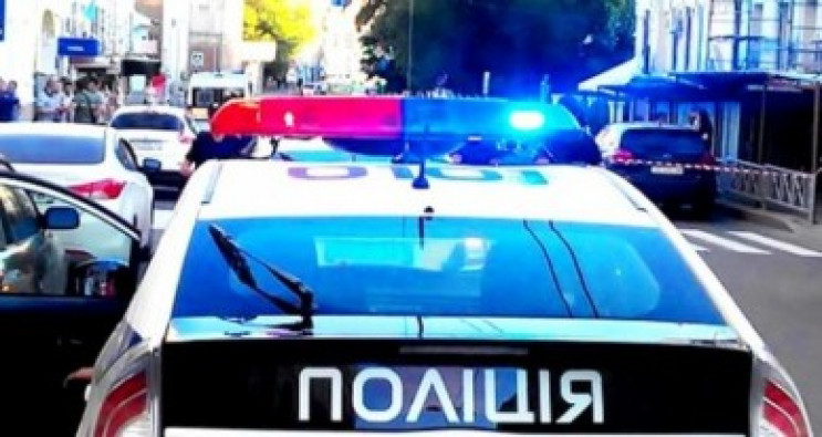 На Тернопольщине неизвестные в масках ог…