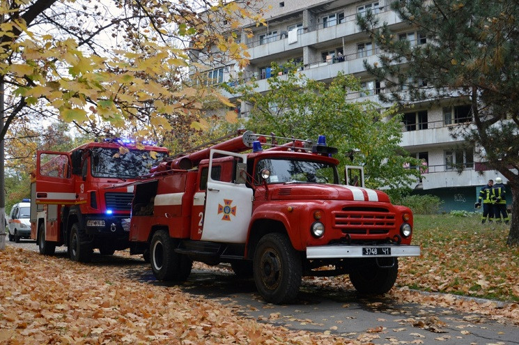 У Дніпрі через пожежу евакуювали кілька…