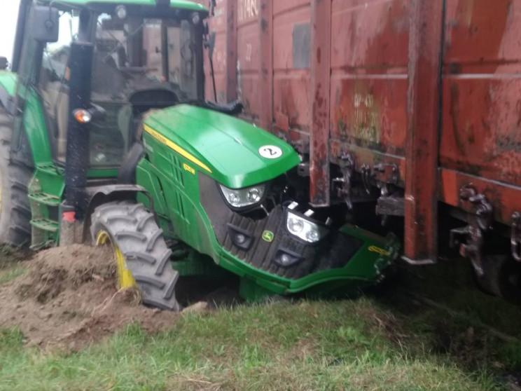 В Арцизі трактор потрапив під поїзд…