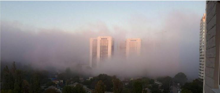 Одесу та область огорнув туман…
