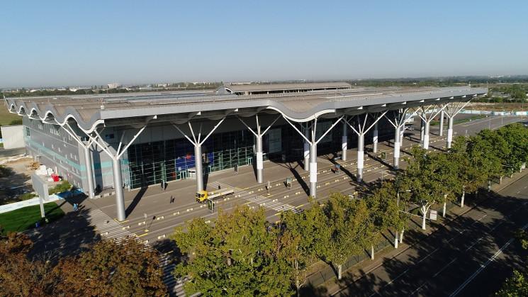 Одеський аеропорт витратить на перонні а…