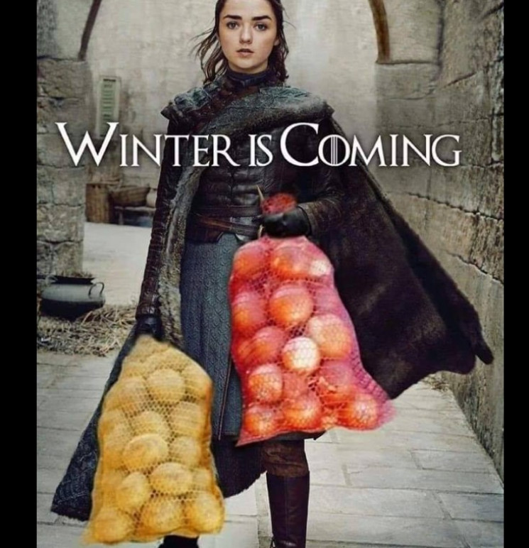 Опитування дня: Що ви запасаєте на зиму…