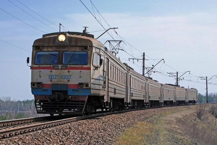 Електричка Львів-Мостиська загорілася бі…