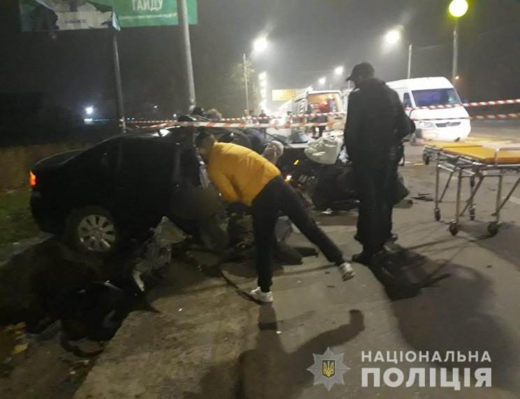 У Миколаєві у ДТП загинув патрульний: Во…