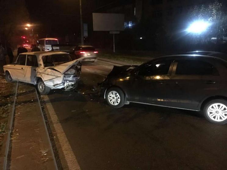 Левандівка рулить: У Львові водій розбив…